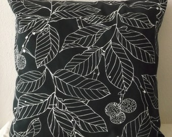 Black & White Leaves Pillow Cover 20x20