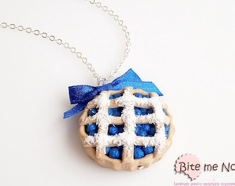 Mini Food Jewelry Blueberry Pie Necklace, Fruit Pie Pendant, Berries Tart, Forest Fruit Jewelry, Blueberries Jewelry, Food Jewelry, Kawaii