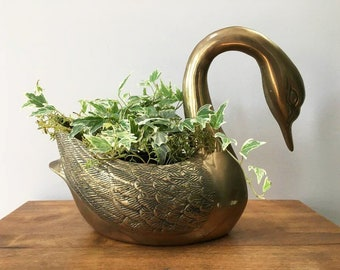 Brass Swan Planter / Large Brass Planter / Hollywood Regency / Mid Century Swan / Elegant Home Decor / 10 Inch High Swan / Indoor Gardening