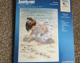 Janlynn cross stitch kit Collecting Shells