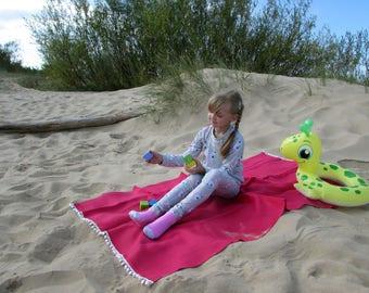 Beach towel 100% linen 35x61″ - fuchsia color picnic blanket - sauna towel - bath towel sheet - spa towel - gift - boho - hippie