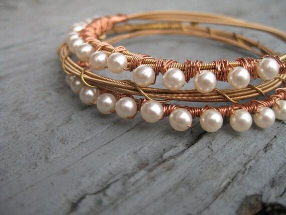 guitar string bracelet copper and pearl beads guitar strings. Black Bedroom Furniture Sets. Home Design Ideas
