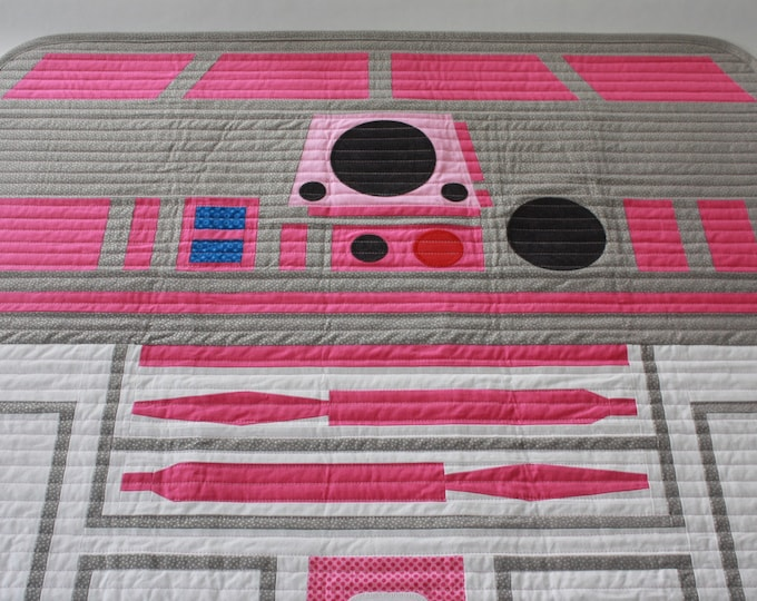 Star Wars baby quilt--R2-KT baby quilt(hot pink R2-D2)-MTO