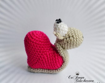 Crochet snail soft toy colorful crochet toy kids knit animal small toy for toddlers miniature animals doll crochet figurine heart knit toy