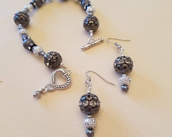 Silver Shimmer Formal Bracelet and Earrings Set