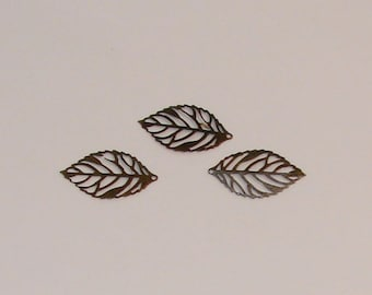 Ref: BB 222-20 lace antique bronze leaf charms