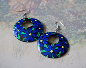 Blue & green designed earrings, Painted coconut shell earrings, Handcraft coconut shell earrings, eco-friendly jewelry