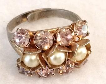 Vintage Ladies Size 8 Costume Jewelry Adjustable  Ring Purple Rhinestone and Faux Pearls
