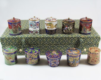 Complete set of cloisonné vases