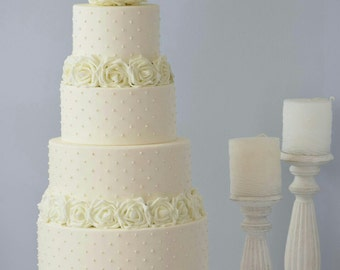 Faux wedding cake, weeding display cake, dummy cake, white wedding cake, display cake