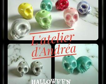 Set of 2 porcelain skulls, beads for Halloween, various colours, skull