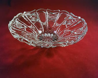 Vintage 50's 60's Pressed Glass Bowl with Scallop Edge
