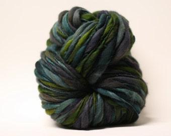 Merino Hand Spun Thick and Thin Wool Yarn Bulky Wool Slub  Hand Dyed tts(tm) Self-Striping LR1615