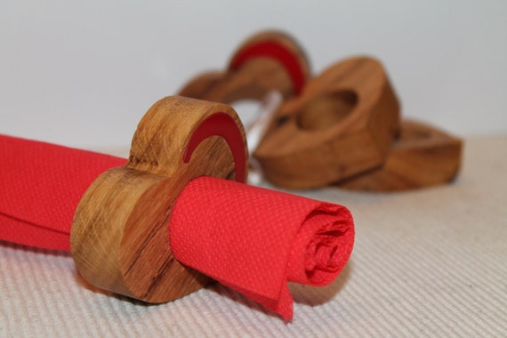 Valentines napkin rings Wooden hearts Table decorations Cloth napkin rings Dinner Party Heart napkin rings Wooden wedding Wood kitchen heart