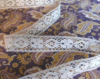 10 Yards of Cream Floral Vintage Lace 1/2 Inch Wide