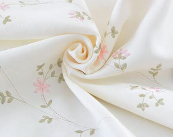 Embroidered fabric embroidery Twill polyester heavy super soft flowing cream x 50cm