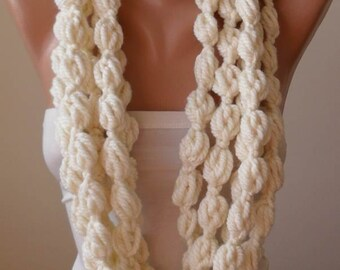 Valentine's Day Gift Creamy White Wool Infinity Scarf  - Crochet ScarfCyber Monday