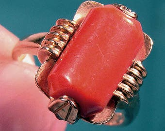 14K Coral Ring 1940s 1950 Industrial Modern 14 K Size 5
