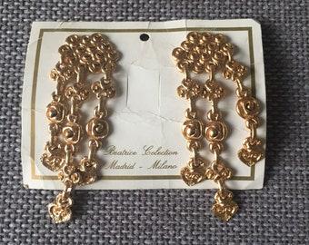 1980s ***SALE*** vintage gold metal clip on earrings