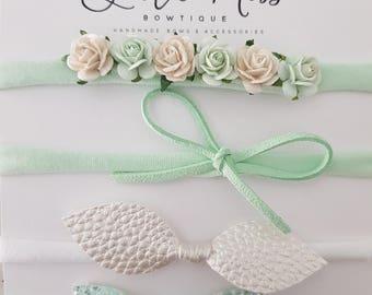 Mint Flower Bow Set