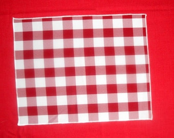 White and red  napkins, checkered cloth napkins, 12 x 15 cloth napkins,ready to ship