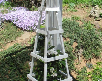 GARDEN TOWER Outdoor Decor Obelisk Climbing Plants Tuteur Patio White Tall