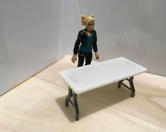 1:18 scale folding table