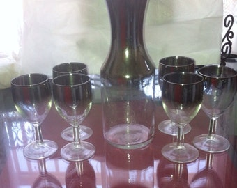 Vintage mad men decanter & wine glasses Dorothy Thorpe set
