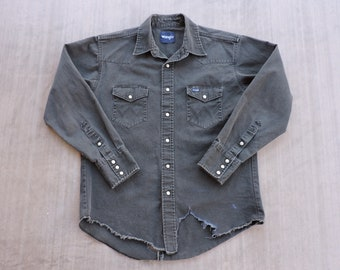 BEAT To HELL Rare Vintage Faded Black Distressed Wrangler Pearl Snap Western Shirt L