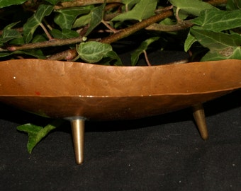 Antique Beaten Copper Offering Bowl - in the Arts and Crafts Style - Pagan, Witchcraft, Magic, Upcycled