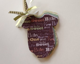 Baby Shower Advice Game, Easy Baby Shower Games - BROWN WORD COLLAGE Book (Yellow & Gray) - Baby Onesie Books, Baby Shower Gifts, Baby Gifts