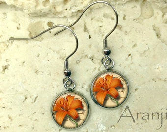 Orange tiger lily earrings, lily earrings, tiger lily drop earrings, orange tiger lily earrings, tiger lily earrings, orange flower, PL154DP