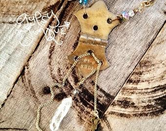 Old Soul Vintage Hinge Crystal Key Necklace