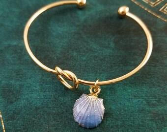Blue Seashell Bracelet Seashell Bangle Beach Bracelet Beach Jewelry Clam Shell Bracelet Charm Bracelet Pendant Bracelet Bridesmaid Bracelet