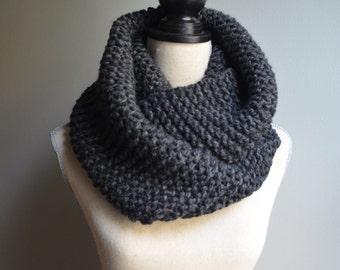 Chunky Knit Infinity Scarf in Granite, Oversized Infinity Scarf, Chunky Knit Cowl, Gray Knit Scarf