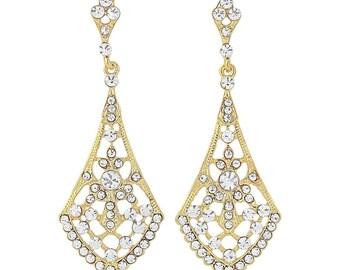 Gold drop earrings, gold dangle earrings, long gold earrings, bridal gold earrings, gold theme wedding, gold jewelry, gold chandelier studs