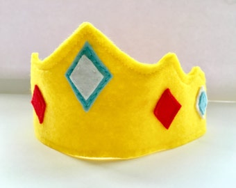 Felt crown, Birthday crown, party crown, one, first birthday crown, king crown, queen crown, 1st birthday, dress up,pink crown, yellow crown