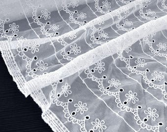 Fabric fashion lace/embroidered fluid embroidery white tulle cream x50cm