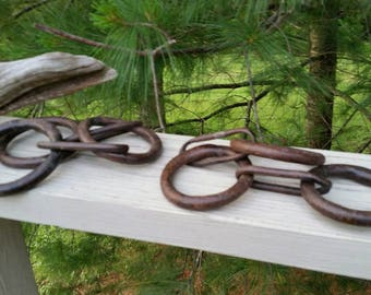 Hand Forged Iron Rings Chain - Set of 2