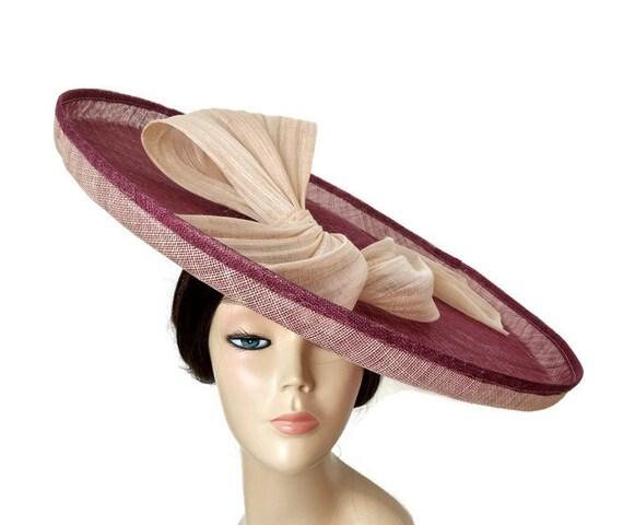 Pamela Garnet und Beige mit Schleife Hüte von Hochzeiten