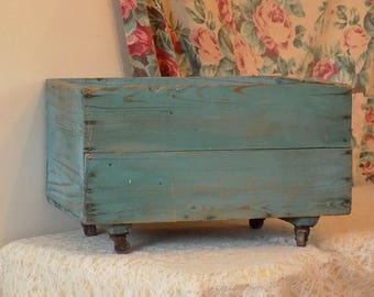 AWESOME! Primitive BLUE Crate on Wheels ~ Vintage Wood Storage Box ~ Antique Shabby Cottage Chic Planter / Garden / Display Box / Shelf