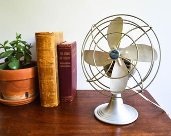 Vintage Chrom-Ever Electric Metal Table Top Fan - Aluminum Blades