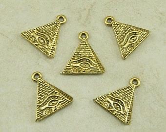5 Auge des Ra ägyptische Pyramide Charms > Gizeh König Tut Cleopatra - Raw American gemacht führen kostenlose Zinn Gold Ton Finish - ich International versende