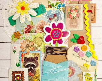 Vintage Floral/Spring Ephemera/Flower Scrap Pack/Pastel Embellishments40+ pieces!!