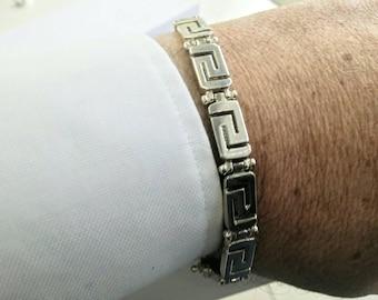 Man's bracelet in silver with Greek meander design