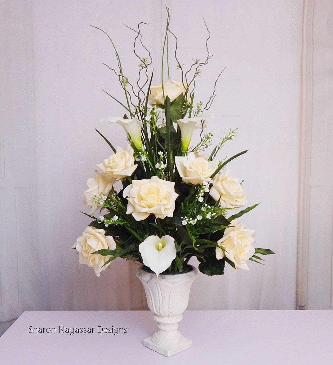 Ivory/offwhite, floral arrangement/centerpiece, Real Touch flowers ...