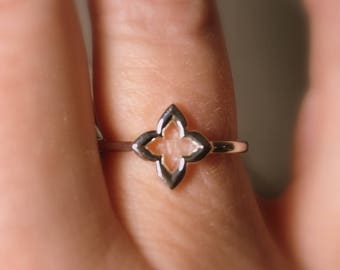 "Clover Ring, ""Hope, Faith, Love, and Luck"", Friendship, Promise Ring in Sterling Silver, Slim, Celtic Ring"