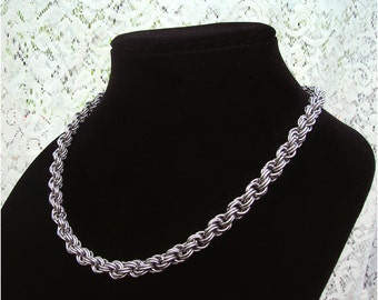 Double spirale Chainmaille collier