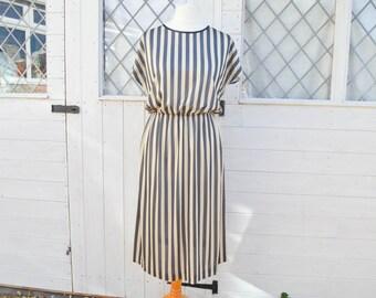 Vintage Dress, Size 14, Black and Gold, Stripe Dress, 80s Fashion, Sleeveless Dress, Calf Length Dress, Gold Dress, Plus Size Vintage