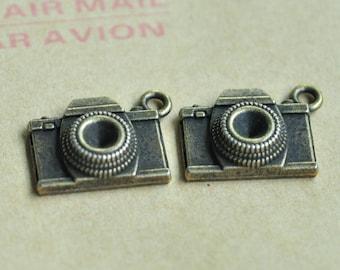 12pcs Antique Bronze Camera Charm Pendant 18x15mm MM066